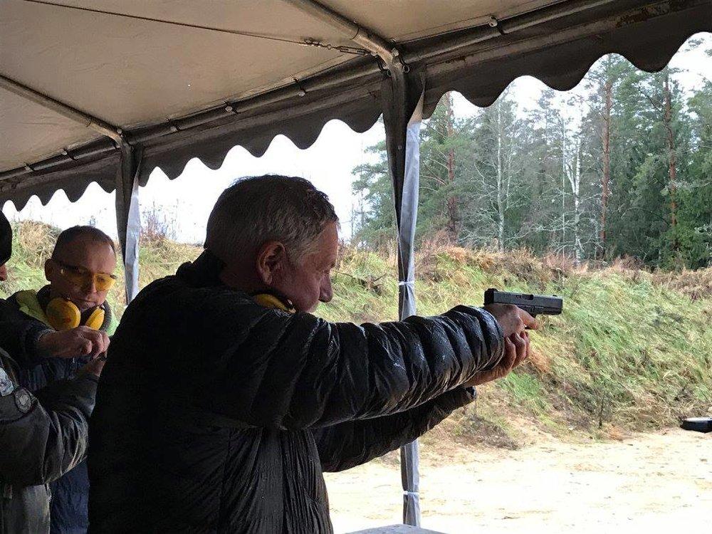 real gun shooting Vilnius2.jpg