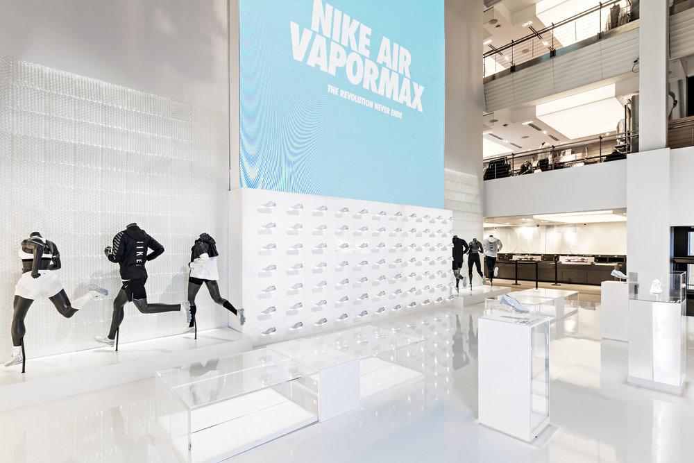 AIRMAX / VAPOR MAX    NikeTown New York, NY | 2017