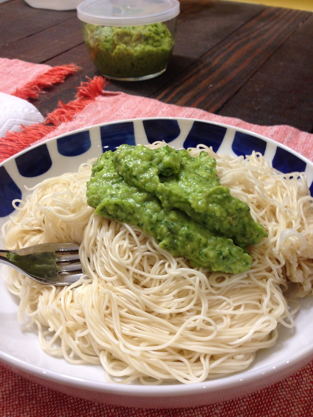 Example of a lazy dish made in the Drewsia kitchen by Andrew. Avocado/Pesto Cream Sauce on  Organic Ramen Noodles