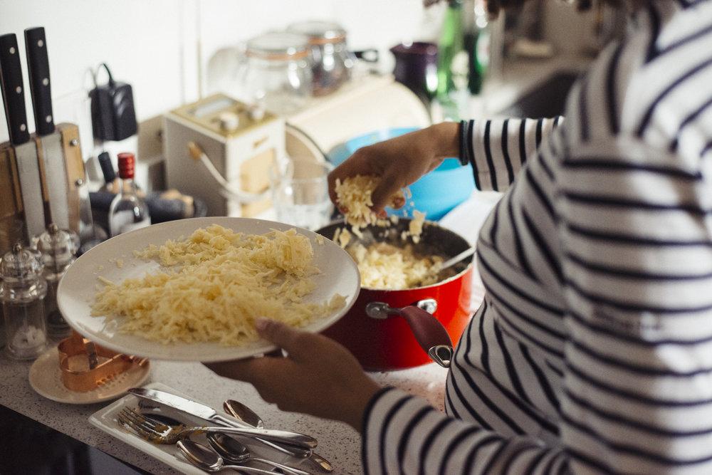 Sunday Dinners - Chiron Cole - Rebecca & Graham-4088.jpg