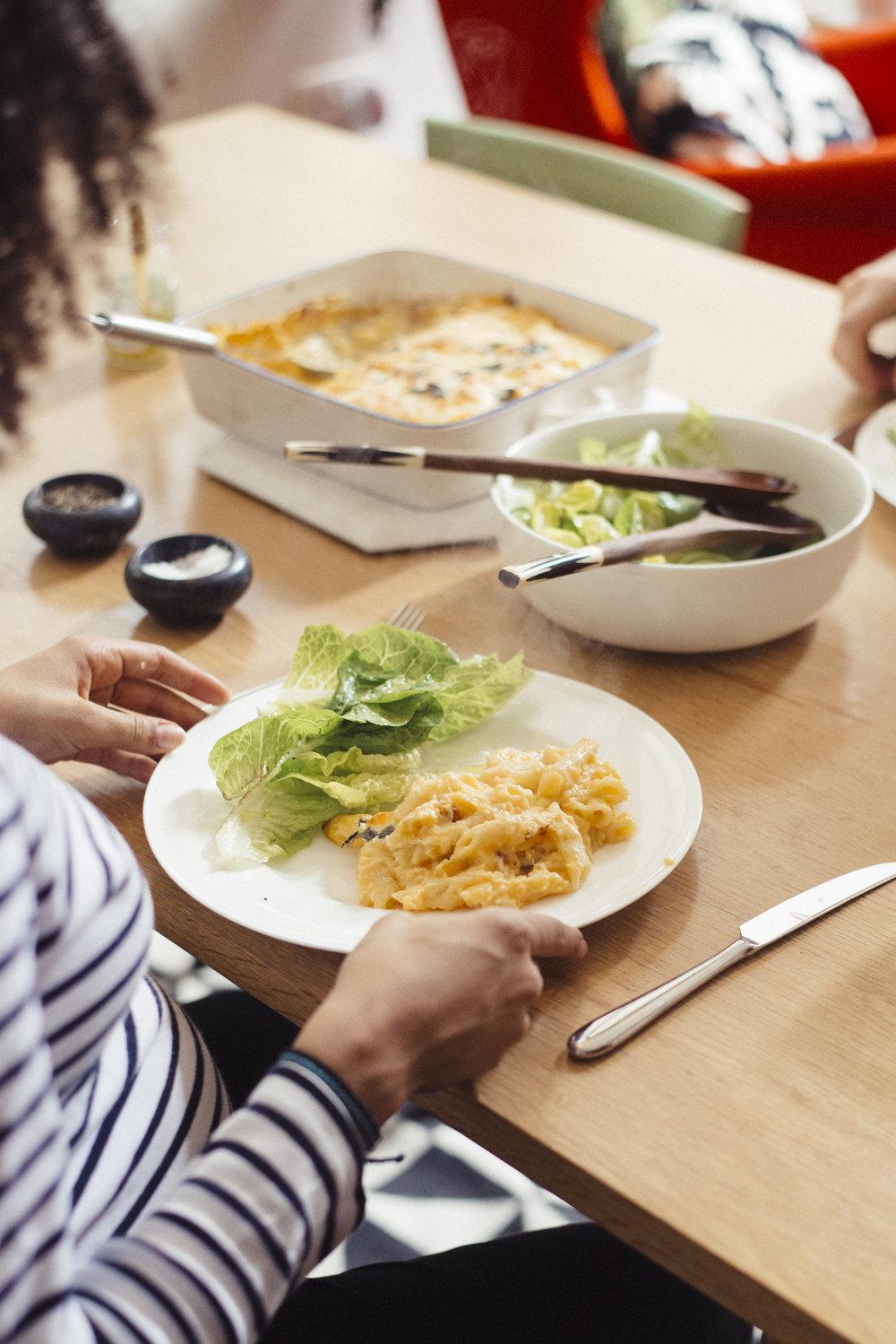 Sunday Dinners - Chiron Cole - Rebecca & Graham-4195.jpg