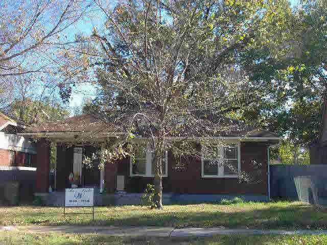 670 N WILLETT STREET Memphis, TN 38107