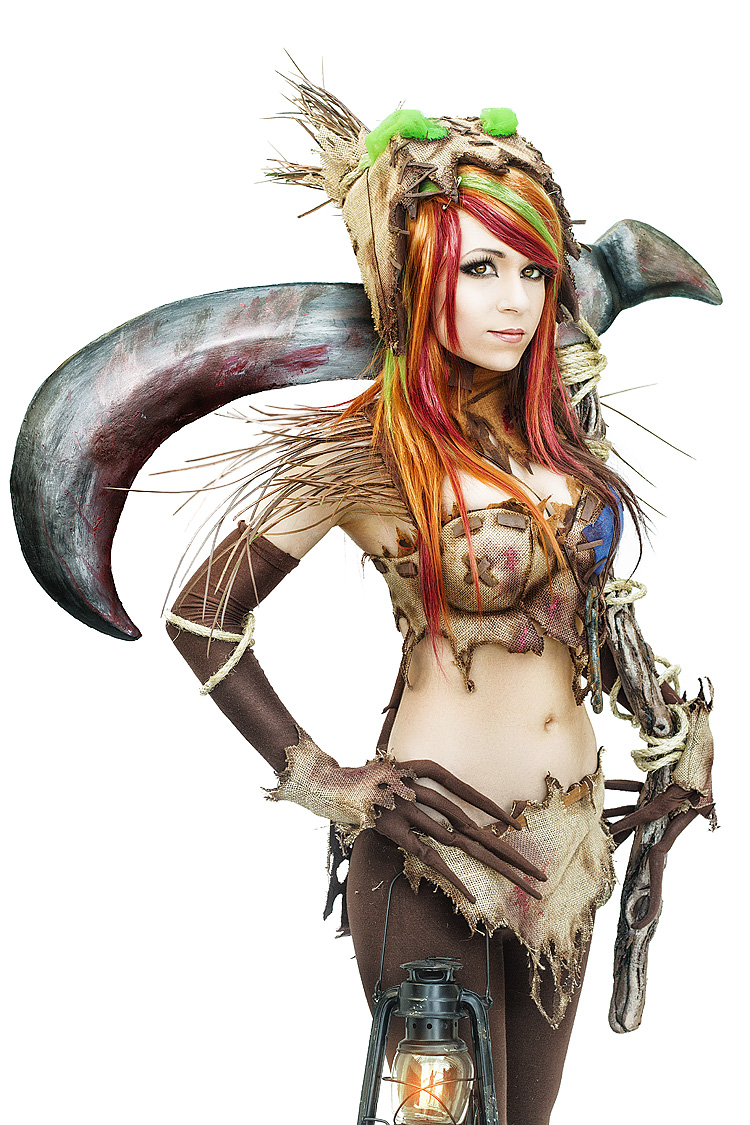 Danielle Beaulieu as Genderbend Fiddlesticks of League of Legends