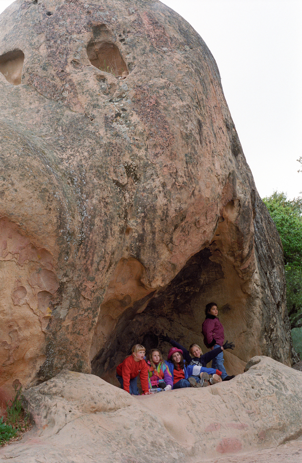 Students explore wind cave at Rock City, Diablo Nature Adventures