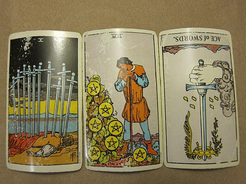 Tarot Cards for the New Moon in Gemini