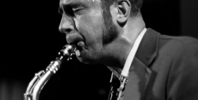 Henrik-Walsdorff-saxophone-1.jpg