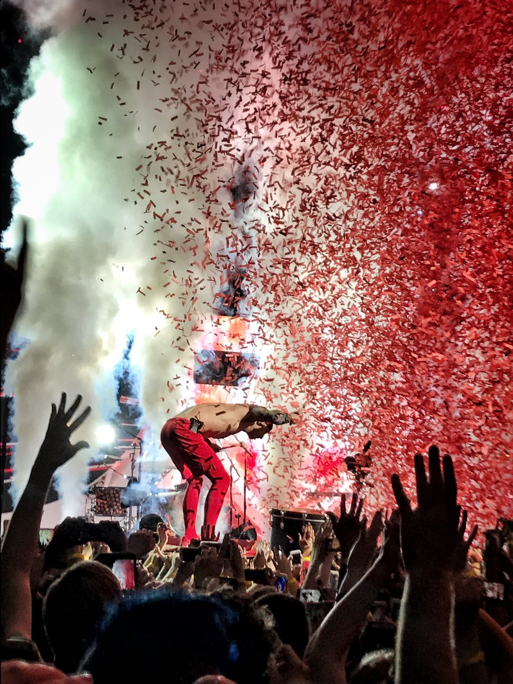 Twenty One Pilots drummer Josh Dun closing out an epic show with smoke machines and confetti at Golden 1 Center in Sacramento, California.