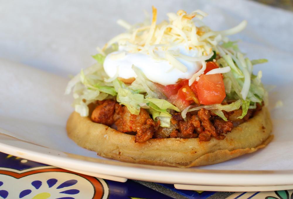 Burrito House_Canon_Sopes_IMG_8651.jpg