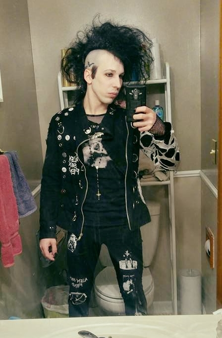 How to diy deathrock jacket for dummies the belfry network if you have additional tips please leave them in the comments or if you liked this blog and would like me to do more let me know solutioingenieria Images