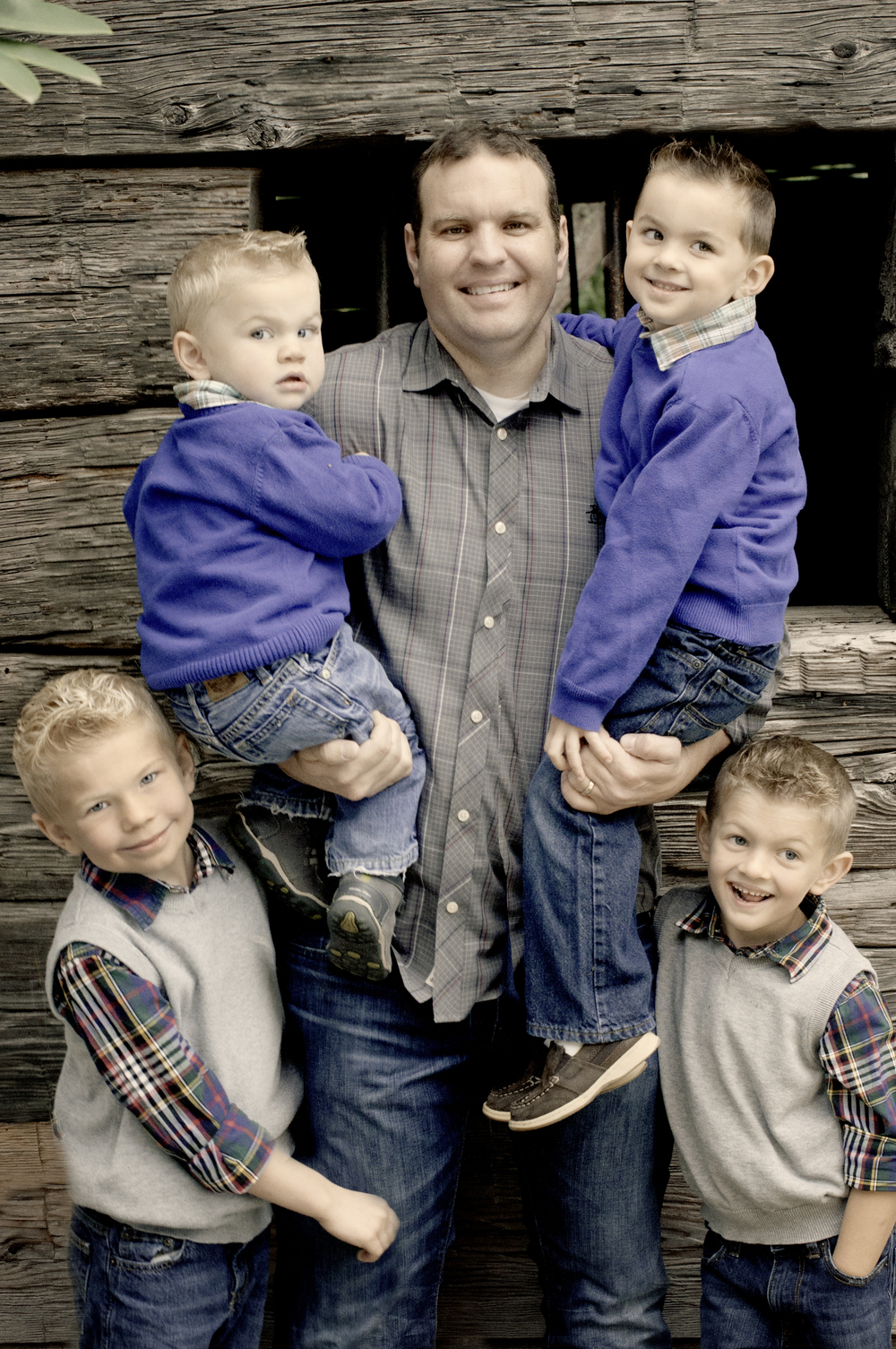Anderson Family-Bret and boys.jpg