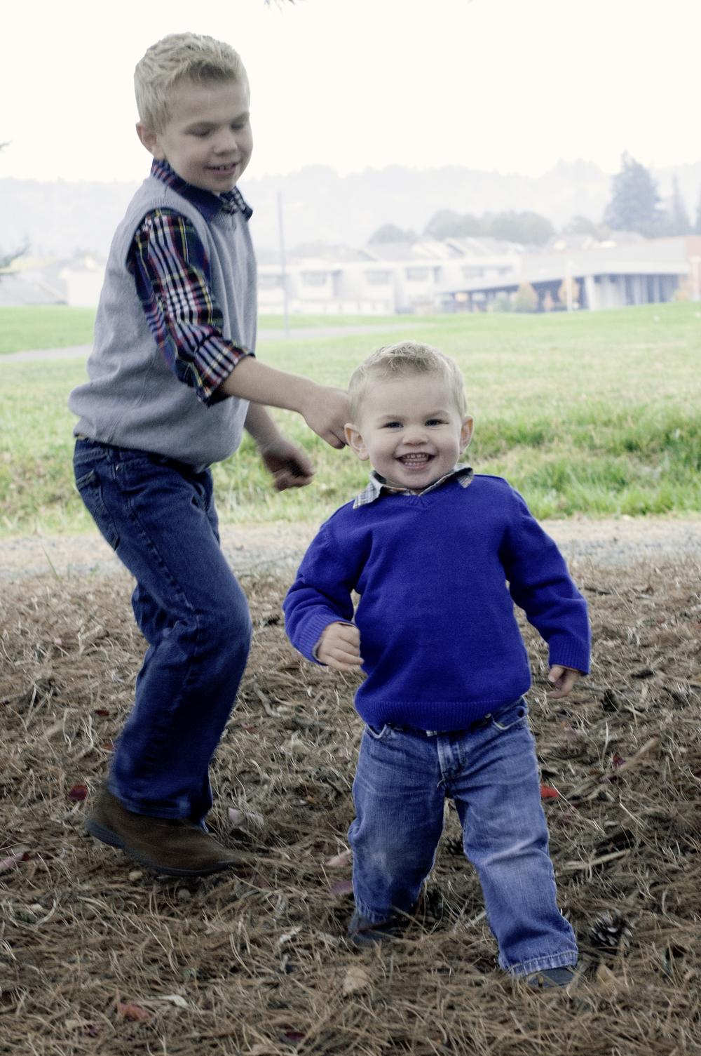 Anderson Family-chasing hudson4.jpg