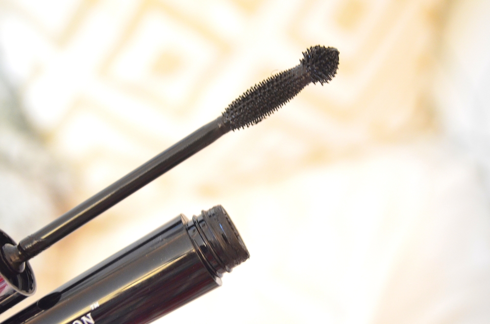 Butter London Iconoclast Mega Volume Mascara: http://go.magik.ly/r/beautywithbrittanyxo/8c17/