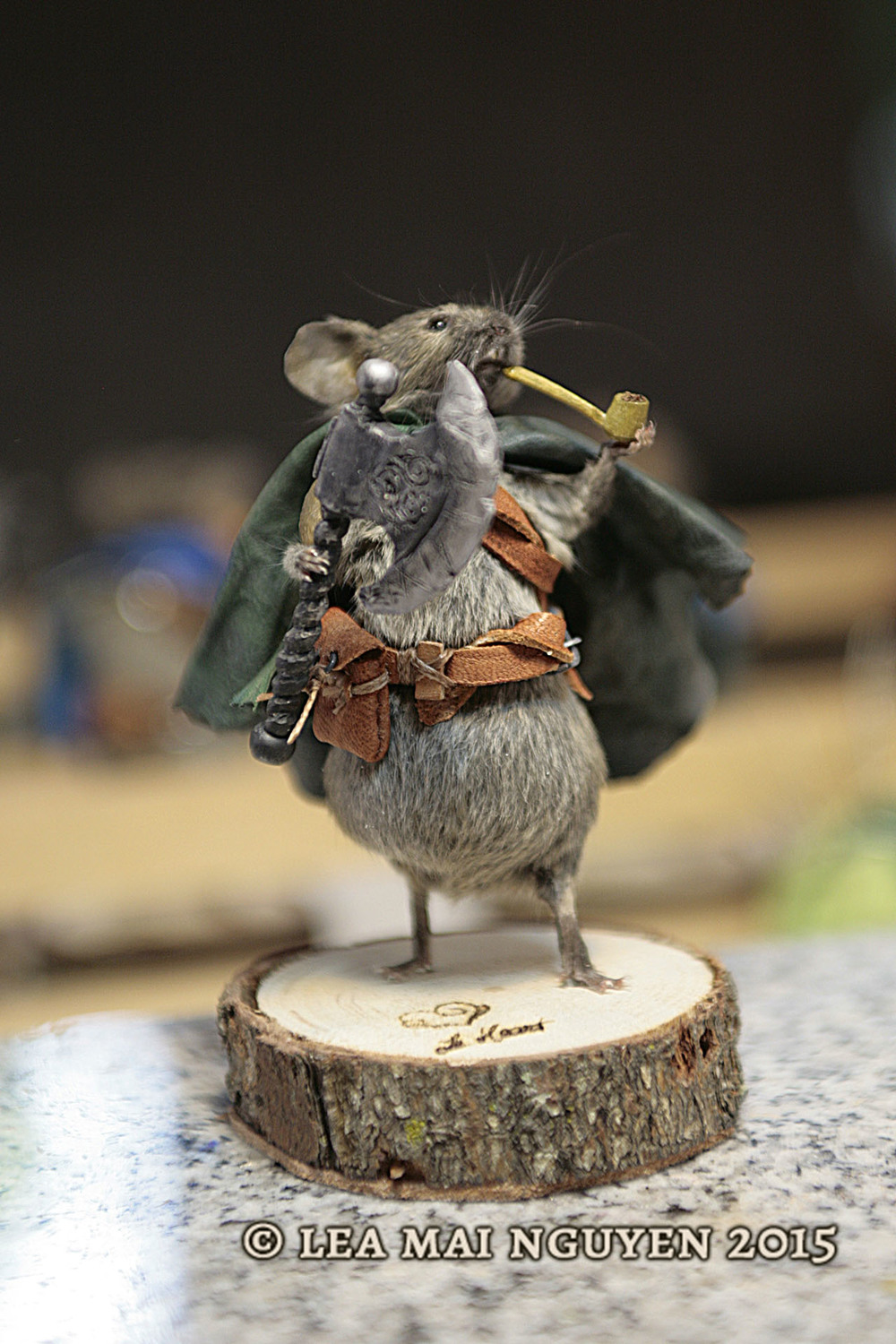 Black Axe Mouse 1/5
