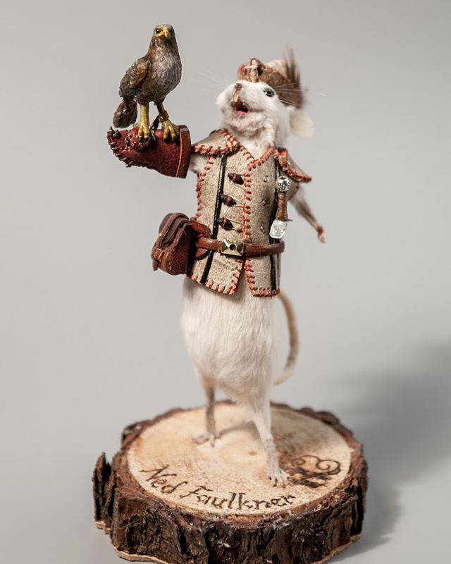 Falconers! Inspired by the parc at Le Puy Du Fou @le_puy_du_fou_officiel #mouse #taxidermy #falconer #hawk #curio #fauconnerie #souris
