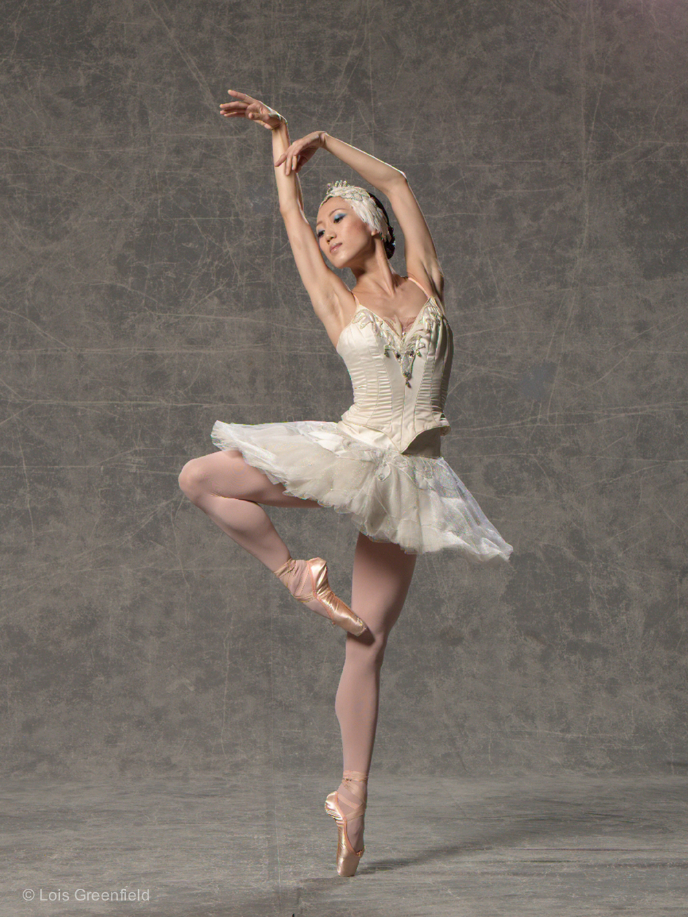 "Haiyan Wu, ""Swan Lake"" MIAMI CITY BALLET"