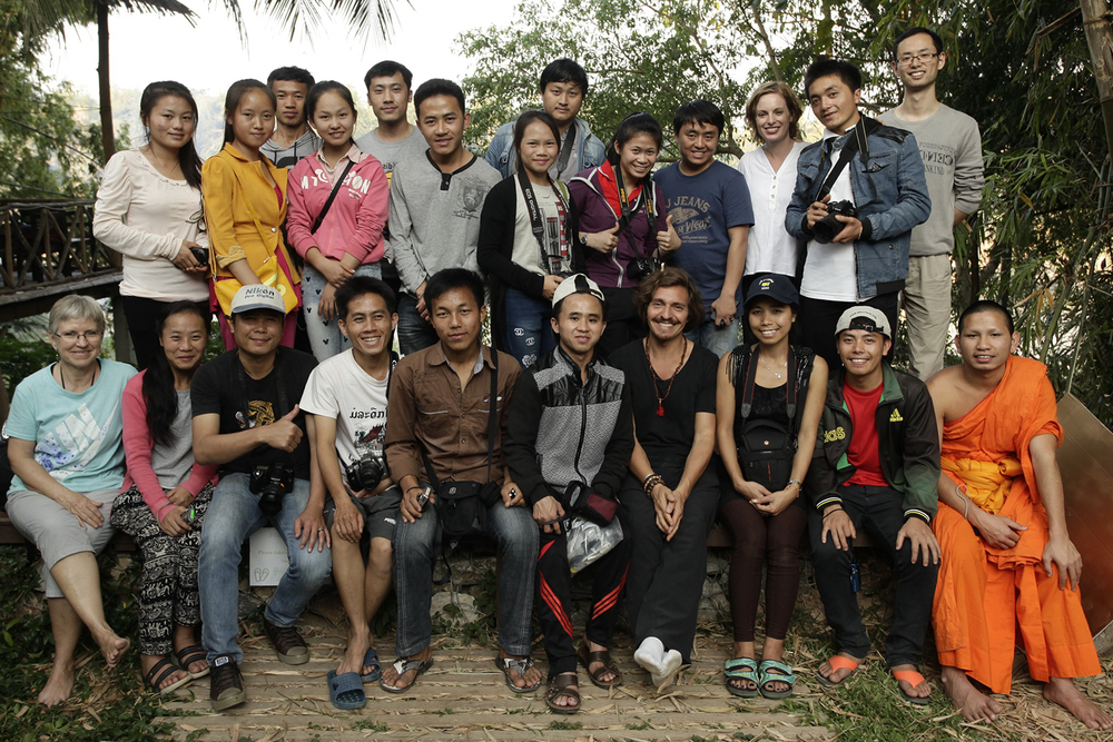 group_laos_photo_internet.jpg