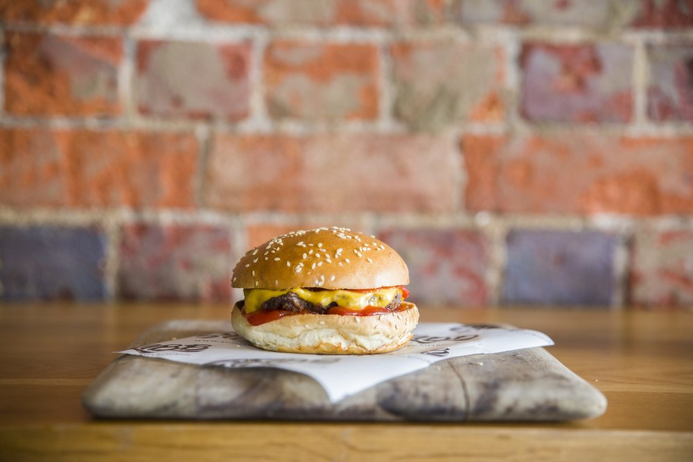 kids cheeseburger - Beef, cheese, ketchup$7.5