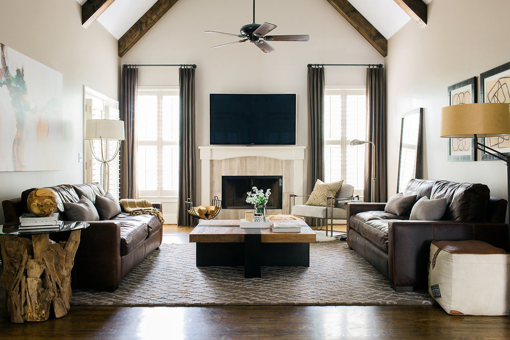 Design by Slate Design Studio | Tour our Oakview Project - A cozy retreat in the heart of Sandy Springs. A gorgeous backdrop for entertaining, this home is filled with heart and soul.