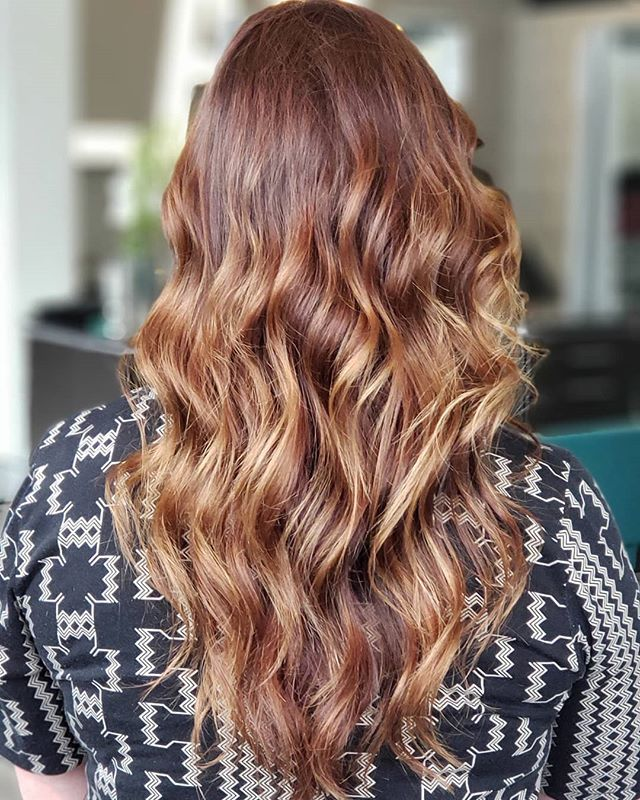 Wet balayage never let's us down! Look at the dimension it creates..swipe --  to see the before. Transformation by @katievaughan20  #jointhehairjourney