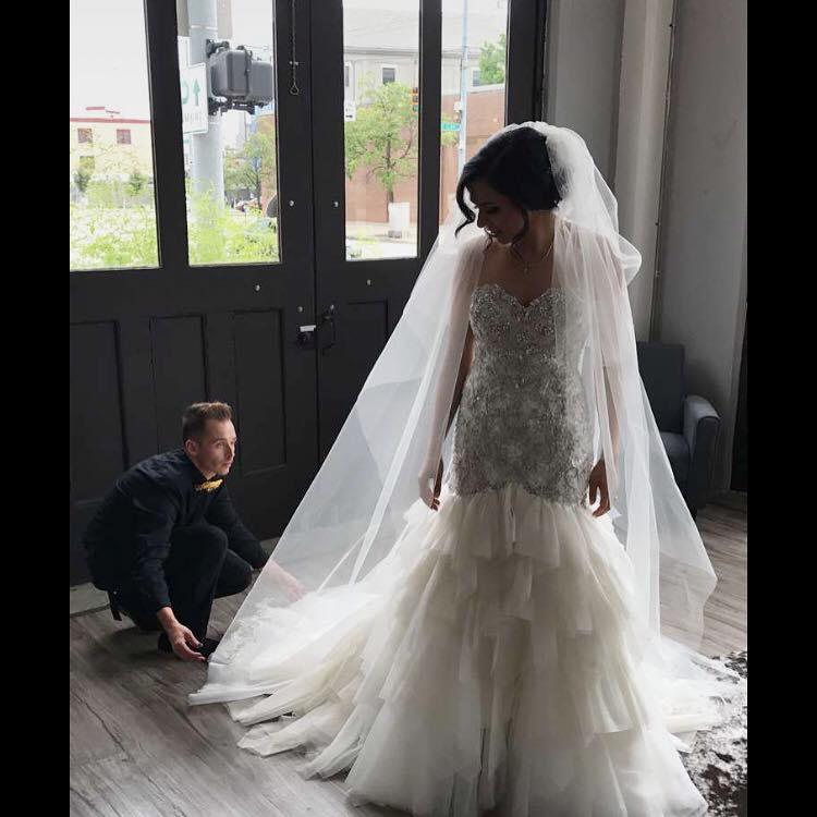 weddingdress.jpg