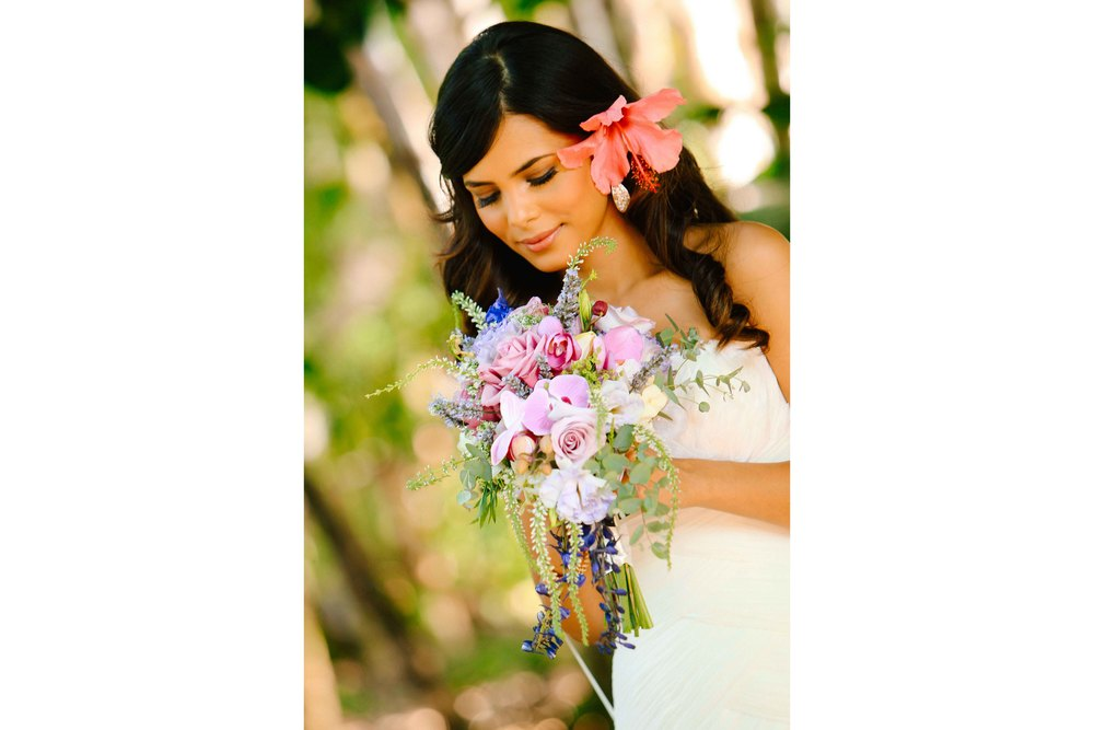 Hawaii Wedding Photography Bride and Bouquet