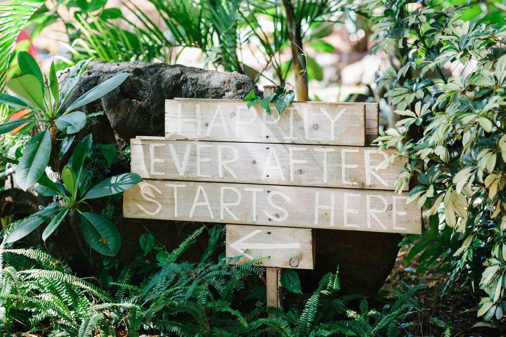 Wooden Wedding Sign at Loulu Palm Farm Estate