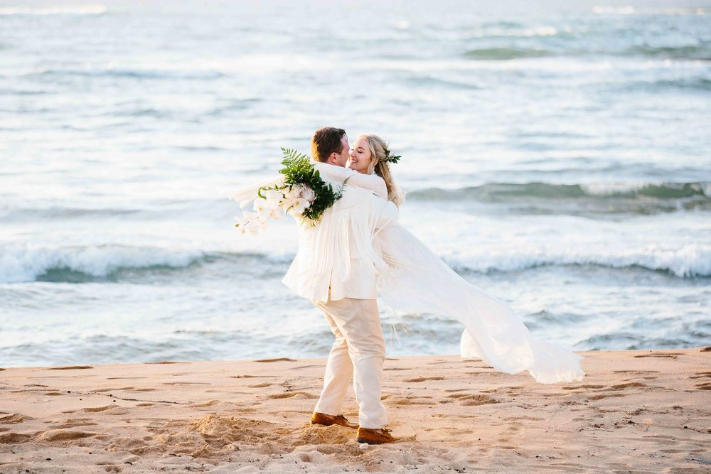 Romantic and Fun Wedding Photography at the Beach