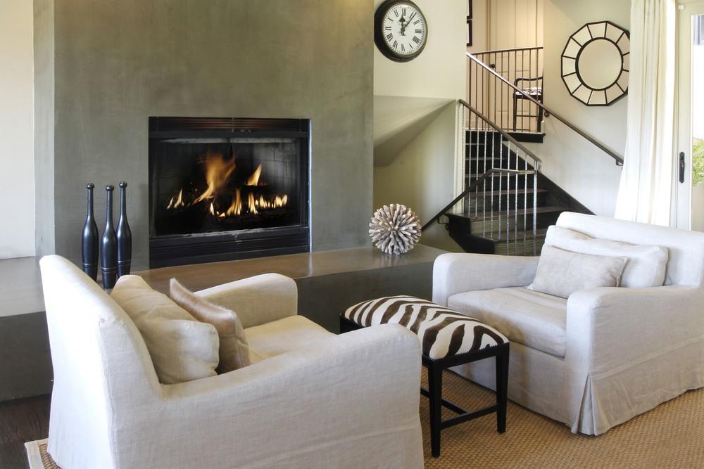 Familyroom Fireplace.jpg