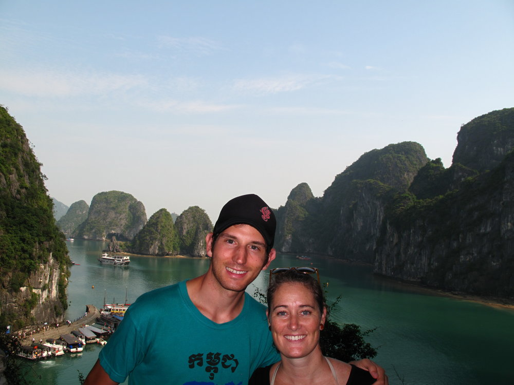Surprise Cave selfie, Halong Bay