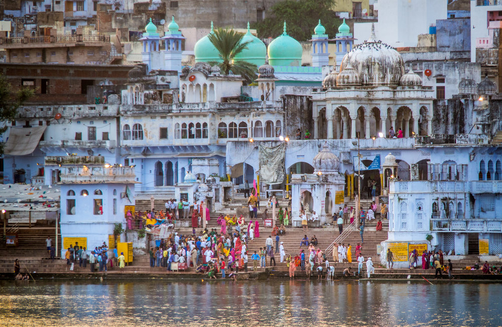 FYI this is not our photo. We didn't take a single photo in Pushkar...