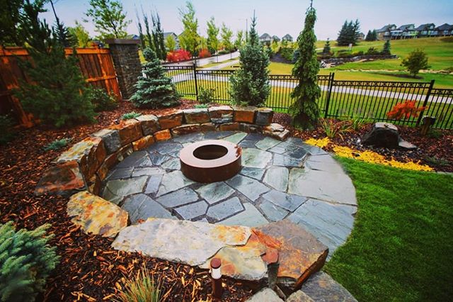 Jade Landscape & Design is now booking for the Summer Construction Season. We specialize in large multiphase landscaping projects of various styles. Get in touch and tell us what you have in mind. We look forward to building more beautiful landscapes for our clients in 2019! ▪ ▪ ▪ #jadelandscaping #yeglandscaping #yeg #yegphoto #yegphotography #yeglandscaper  #yegconstruction #yegcustom #yegdesign #yeghomebuilder #yegbuilder #yeghomes #jagareridge #retainingwall #pavingstone #patio #firepit #hardscaping #softscaping #cortensteel #naturalstone #flagstone #landscapedesign #landscapearchitecture #albertalandscaping #in-lite #livlow #lowvoltagelighting