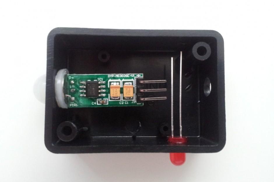 04-components-glued-940x626.jpeg