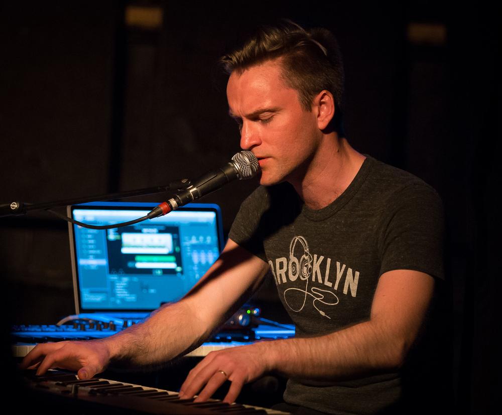 "Lars Jakob Rudjord has contributed to both ""Og sangen kom fra havet"" and the debut album ""Nattåpent""."