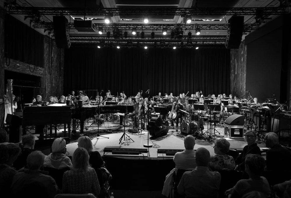 Kringkastingsorkestret in the marmor hall