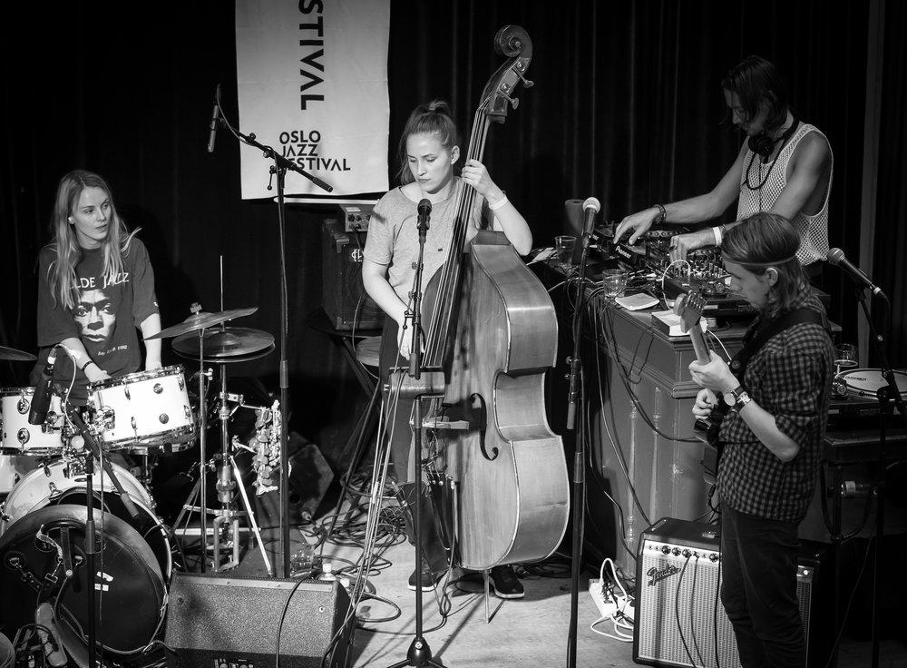 Guest apperance from Siv Øyunn Kjenstad on drums.