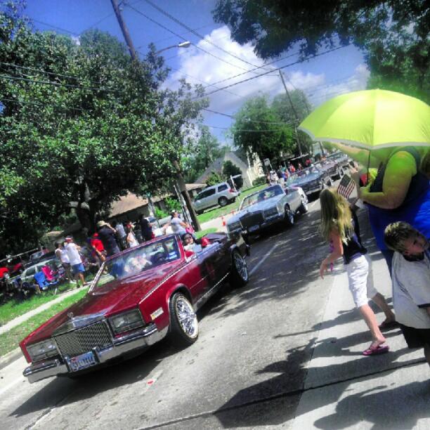 ju-julian :     Slabs #Irvington #Northside #Parade (Taken with  Instagram )