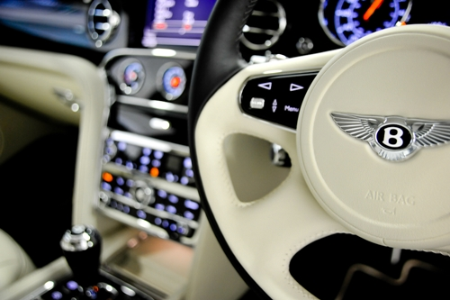 johnny-escobar :     Bentley Mulsanne