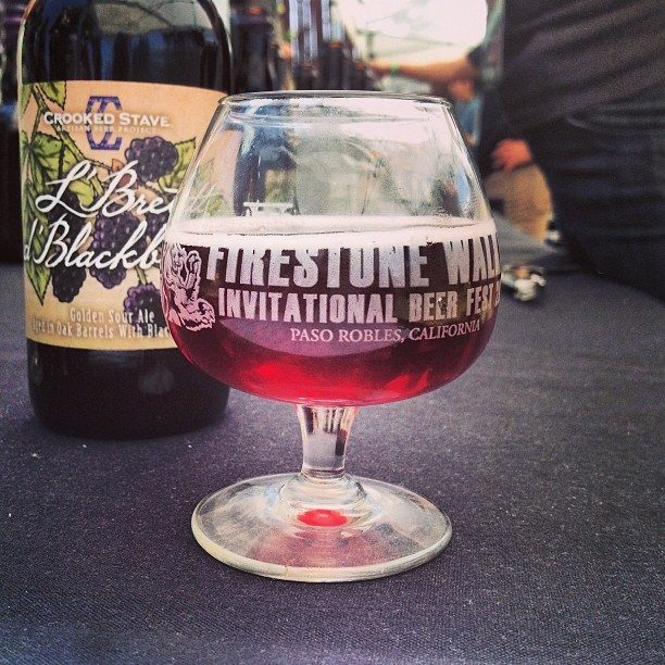 Holy blackberries! L'Brett d'blackberry from @crookedstave at the Firestone Walker Invitational. #fwibf #sourbeer @firestonewalker (at Firestone Walker Invitational Beer Fest)