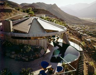 Elrod House, Palm Springs, 1968, by Leland Y. Lee