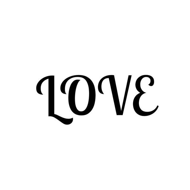 Pour la fête des mères profitez de -20% sur les #bijoux Bonnie Parker jewelry ❤️❤️❤️ Code : LOVE20 Bon dimanche et bon shopping en ligne 💋 #mood #love #fetedesmeres #bonnieparkerjewelry #createurfrancais #codepromo