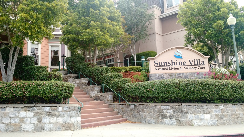 Beautiful entrance to Sunshine Villa