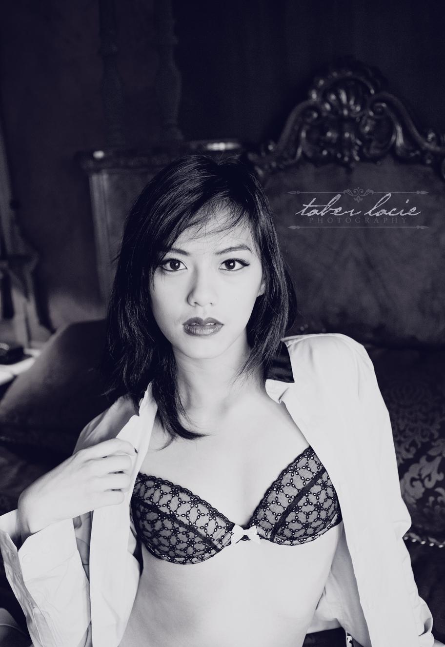 boudoir photography - milwaukee wi photographer - taber lacie photography - R003.jpg