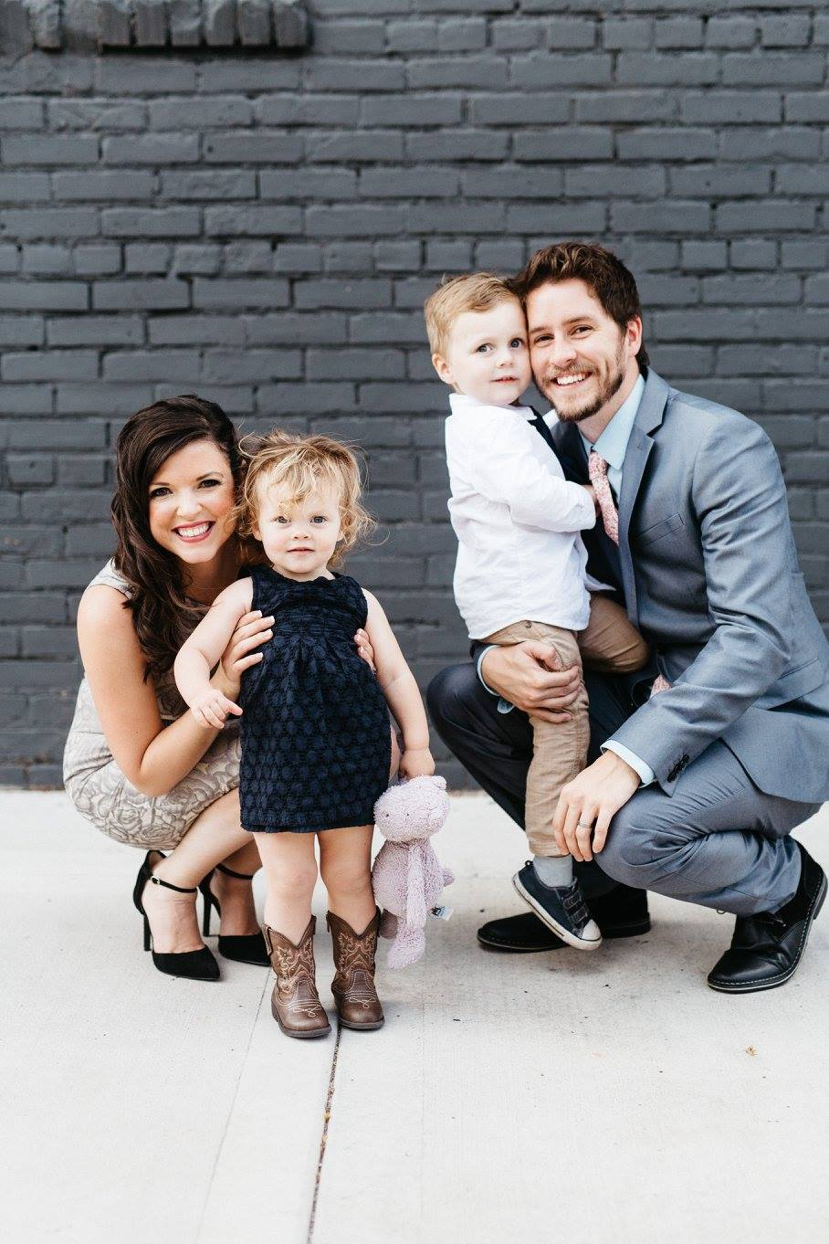 our family | a place for stay at home moms who want to make an income while raising their family full time