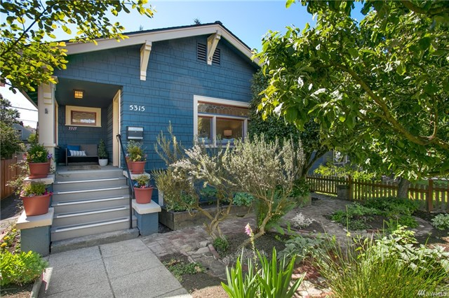 5315 8th Ave NE- pic.jpg
