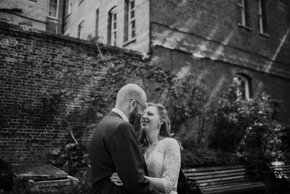 lovecandice-chelsea-town-hall-thames-rowing-club-wedding-london-5528-2.jpg
