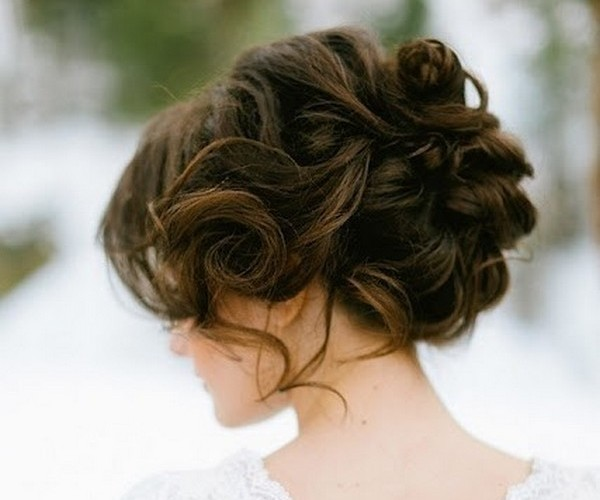 bridal_updos_romantic_wedding_hair_for_brides_hair_updos_for_a_bridal_hair_updos_2014_.jpg