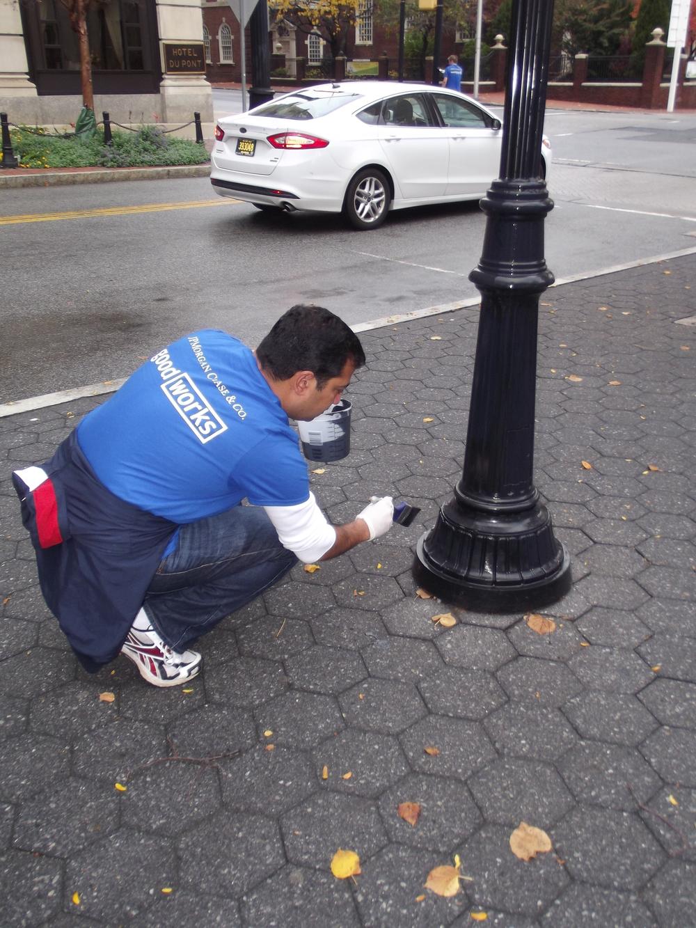 2015.10.29 VolunteerPainting 007.JPG