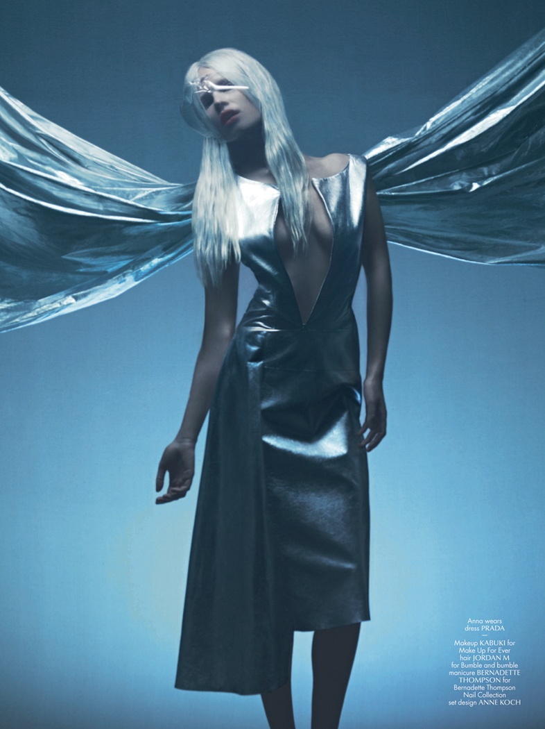 anna-ewers-ondria-hardin-irina-kravchenko-antony-by-maurizio-bavutti-for-cr-fashion-book-fall-winter-2013-2014-7.png