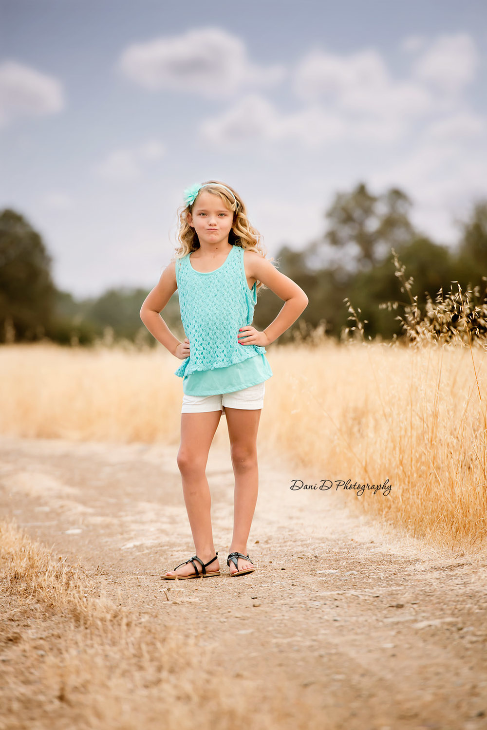Female child model in field - Redding CA photographer - Dani D Photography