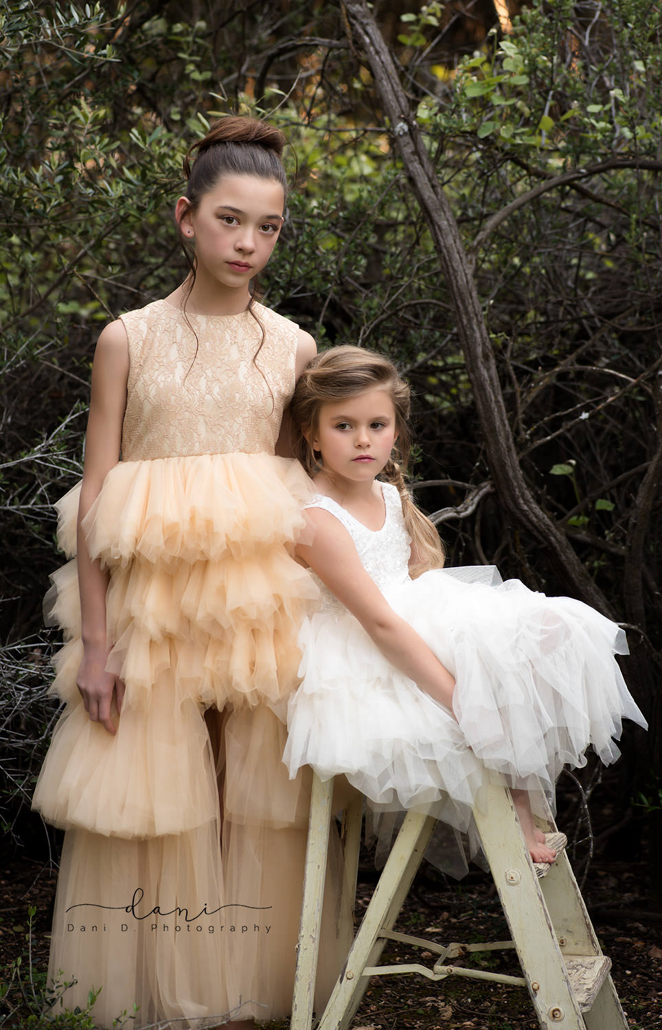 Isabella and Katiana Upton models - Northern California child and family photographer
